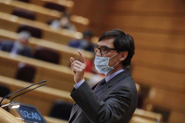 El ministro de Sanidad, Salvador Illa, interviene durante una sesión de control al Gobierno en la Cámara Alta, en Madrid (España), a 6 de octubre de 2020. Durante el pleno, el Gobierno contesta a cuestiones relacionadas con la labor del Rey, la situación
