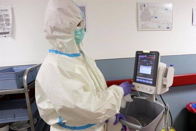 Investigan si el plasma sirve para esterilizar equipos de protección personal, l