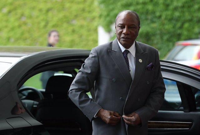 Guinea.- Condé se defiende de las críticas por optar a un tercer mandato en Guin