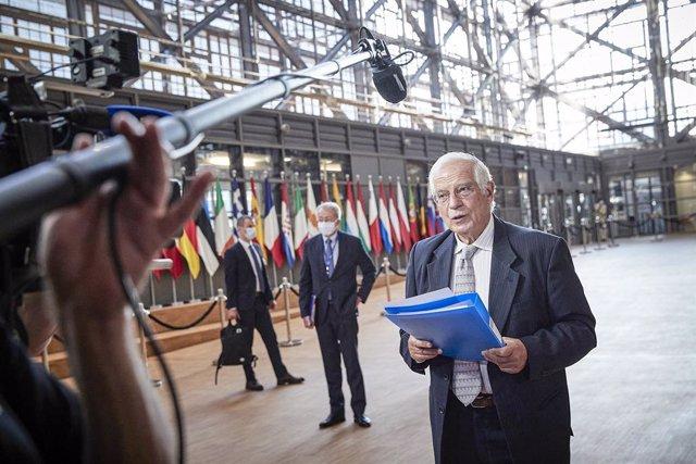 Azerbaiyán/Armenia.- Borrell pide a Rusia y Turquía que se abstengan de avivar e