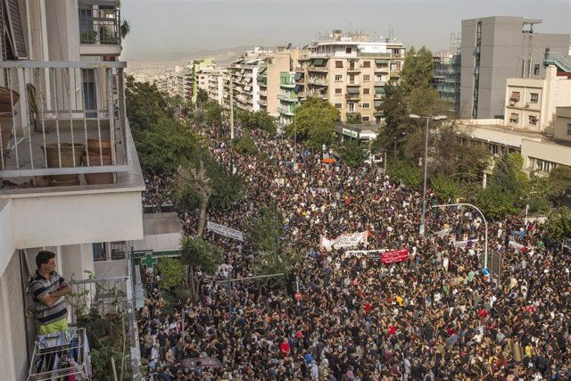 Concentración junto al Tribunal de Apelación de Atenas por el veredicto contra Amanecer Dorado