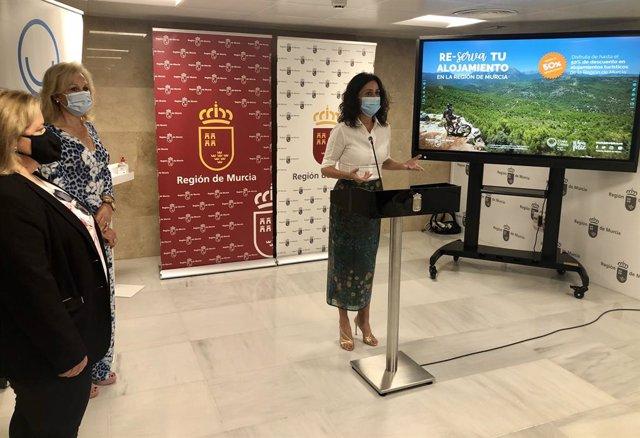La consejera de Turismo, Juventud y Deportes, Cristina Sánchez, durante la presentación de la Campaña de Turismo Otoño/Invierno