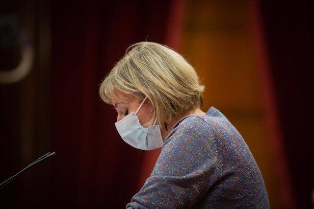 La consellera de Salut de la Generalitat, Alba Vergés, interviene durante un pleno celebrado en el Parlament de Cataluña para tratar la crisis sanitaria del coronavirus, en Barcelona, Catalunya, (España), a 6 de octubre de 2020.