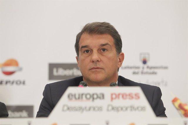 """Fútbol.- Laporta: """"El club está vivo y funciona democráticamente"""""""