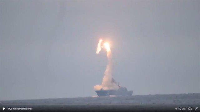 Rusia.- Rusia prueba con éxito un misil hipersónico contra un blanco situado a 4