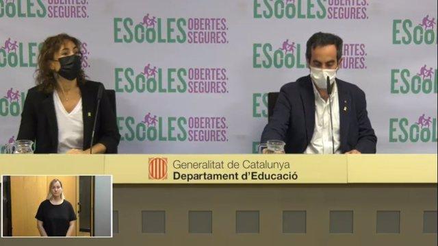 La secretària d'Educació Núria Conca i el de Salut Marc Ramentol, en roda de premsa