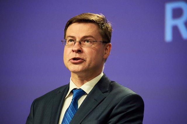 UE.- La Eurocámara aprueba que McGuiness sea comisaria de Servicios Financieros