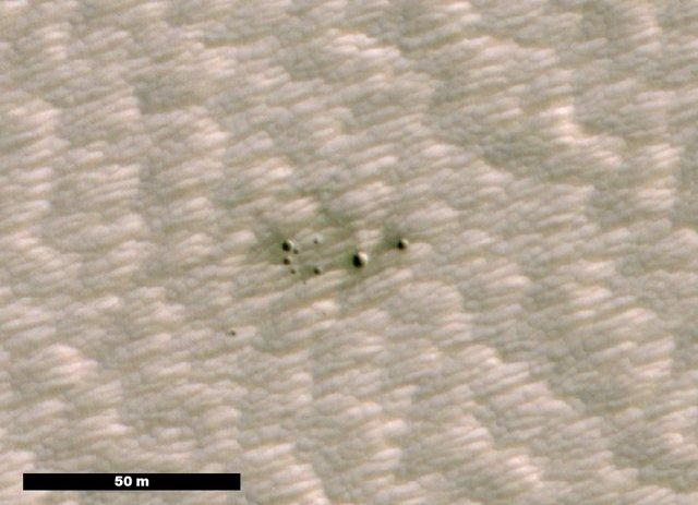 Ubicación de grupo de cráteres jóvenes en Marte localizados gracias a la Inteligencia Artificial