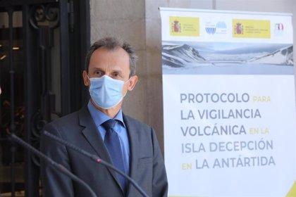 """Pedro Duque lamenta que no se haya premiado al español Francis Mojica con el Nobel: """"Nos entristece"""""""