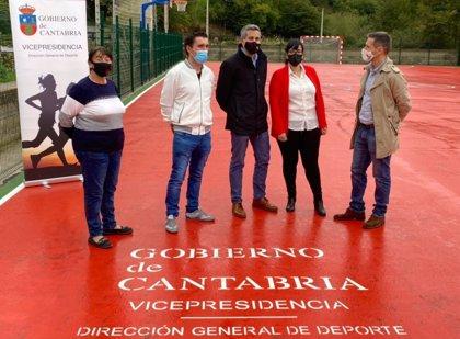 Cieza inaugura su pista polideportiva tras una inversión del Gobierno de 48.000 euros
