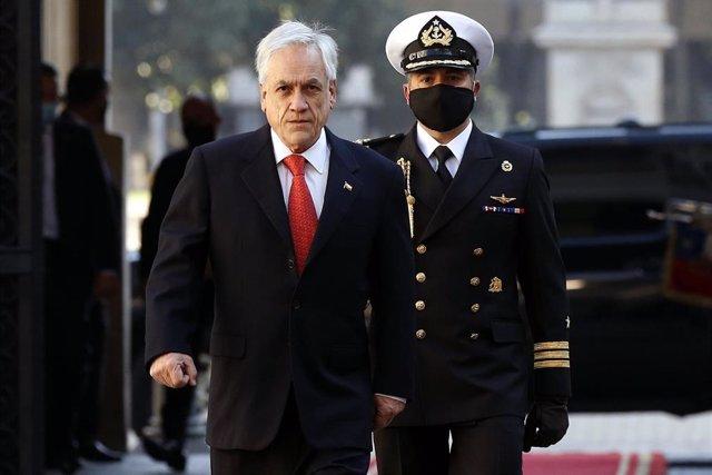 Sebastián Piñera llega al Palacio de la Moneda
