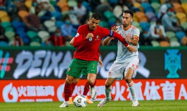Fútbol/Selección.- Crónica del Portugal - España, 0-0