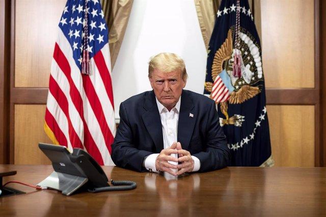 """EEUU.- Trump dice que enfermar de COVID-19 fue """"una bendición"""" pues la terapia a"""