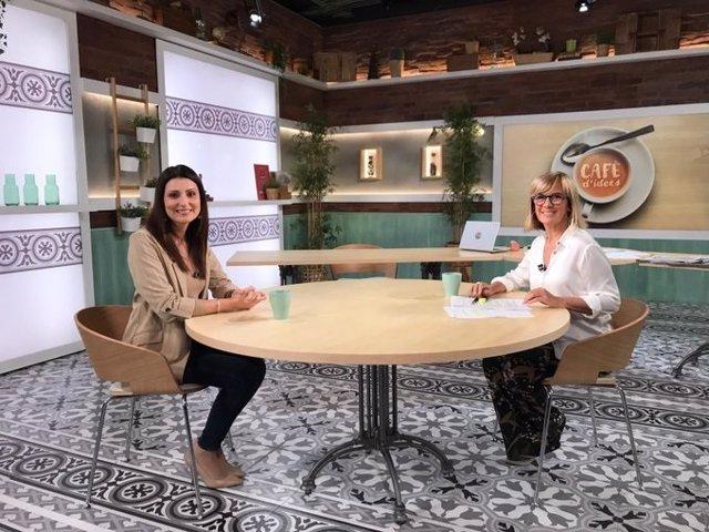La portaveu de Cs al Parlament, Lorena Roldán, i la periodista Gemma Nierga