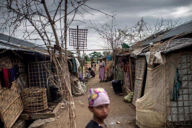 Birmania.- HRW denuncia crímenes contra la Humanidad por el encierro indefinido