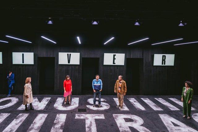 Assaig de l'espectacle 'Bonus Track', de Carol López, al Teatre Lliure de Gràcia, a 8 d'octubre de 2020. (Horitzontal)