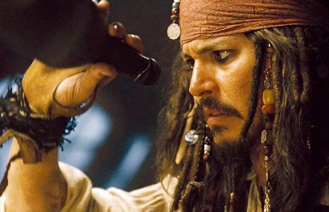Genial respuesta de Johnny Depp a los directivos de Disney que le acusaron de estar borracho interpretando a Jack Sparrow