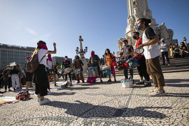 Coronavirus.- Los casos de coronavirus se disparan en Portugal con el segundo pe