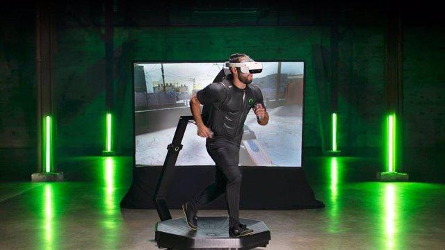 Omni One, el dispositivo que permite mover todo el cuerpo en la Realidad Virtual