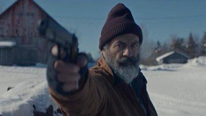 Mel Gibson, un Papá Noel borracho y canalla en el violento tráiler de Fatman