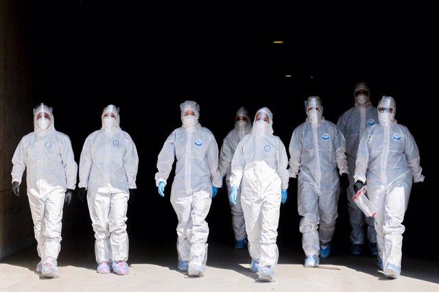 Coronavirus.- Polonia hace obligatorio el uso de mascarilla en público en todo e