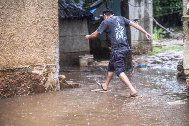Imagen de archivo de una zona inundada por las fuertes lluvias provocadas por el huracán 'Delta' en México.