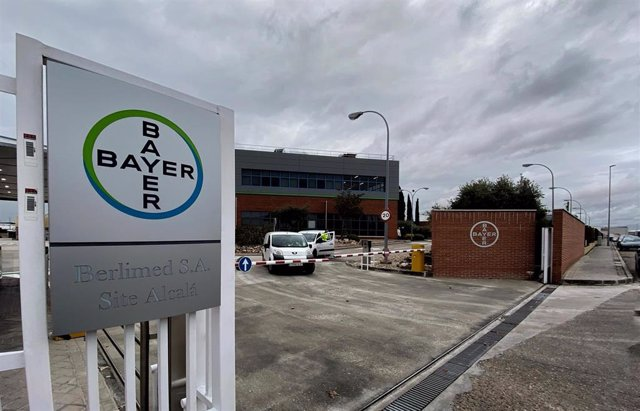 Entrada a la sede en Madrid de Bayer, compañía químico-farmacéutica alemana, en Alcalá de Henares/Madrid a 20 de diciemrbe de 2019.