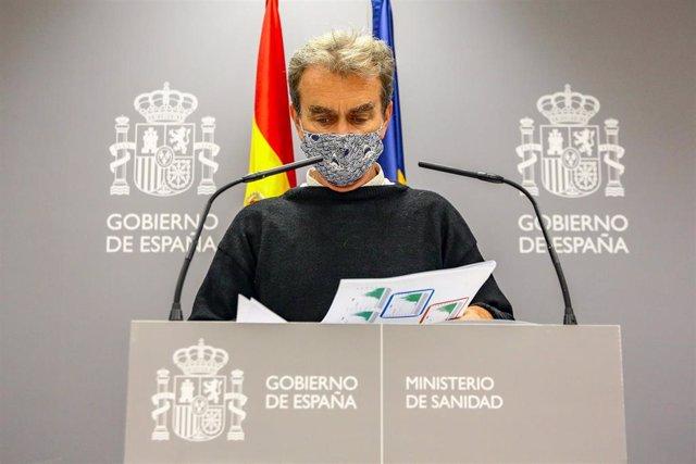 El director del Centro de Coordinación de Alertas y Emergencias Sanitarias (CCAES), Fernando Simón, comparece en rueda de prensa en el Ministerio de Sanidad, para informar de la evolución de la pandemia, en Madrid (España), a 8 de octubre de 2020.