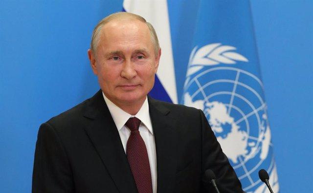 """Armenia/Azerbaiyán.-Putin pide """"poner fin"""" a las hostilidades en Nagorno Karabaj"""