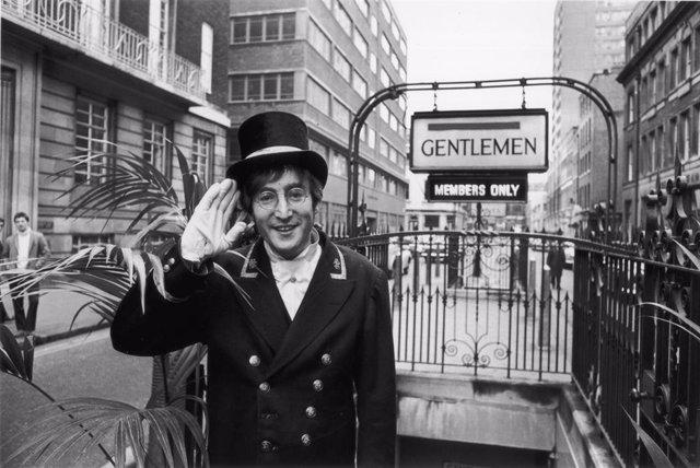 John Lennon en noviembre de 1966
