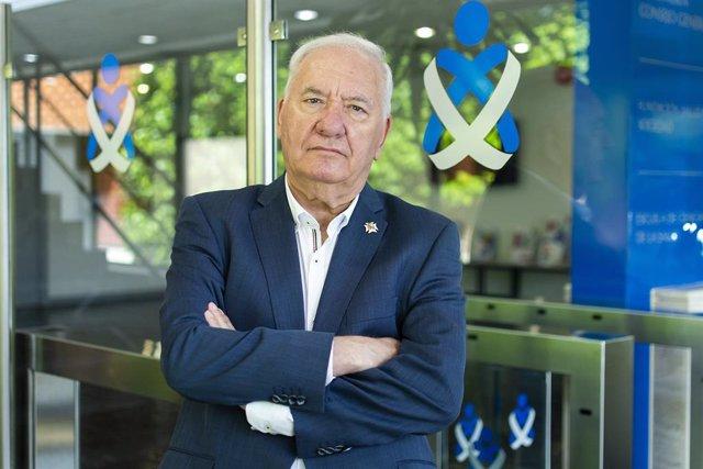 El presidente del Consejo General de Enfermería de España y del Consejo Andaluz de Enfermería, Florentino Pérez Raya, en una foto de archivo.