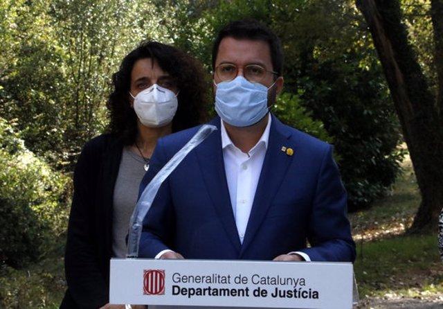 Pla mitjà del vicepresident amb funcions de president, Pere Aragonès. Imatge del 9 d'octubre del 2020. (Horitzontal)
