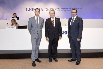 Grifols advierte de la escasez de plasma y pide cambiar la regulación en Europa