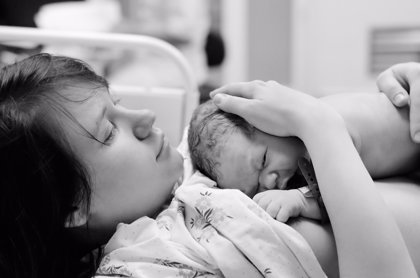 Las embarazadas con Covid-19 en estado grave tiene un mayor riesgo de parto prematuro y de problemas de salud