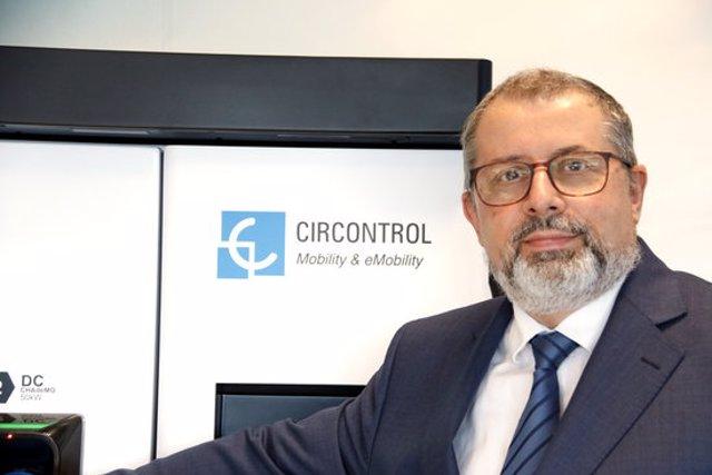Primer pla del director general de Circontrol, Joan Hinojo, a la seu de l'empresa el 6 d'octubre del 2020. (Horitzontal)