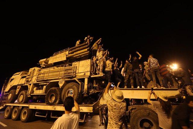 Libia.- El ministro de Defensa libio recomienda al Ejército que se prepare ante