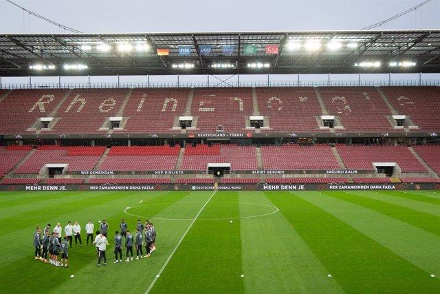 Fútbol.- Colonia decidirá el lunes el número de espectadores del Alemania-Suiza