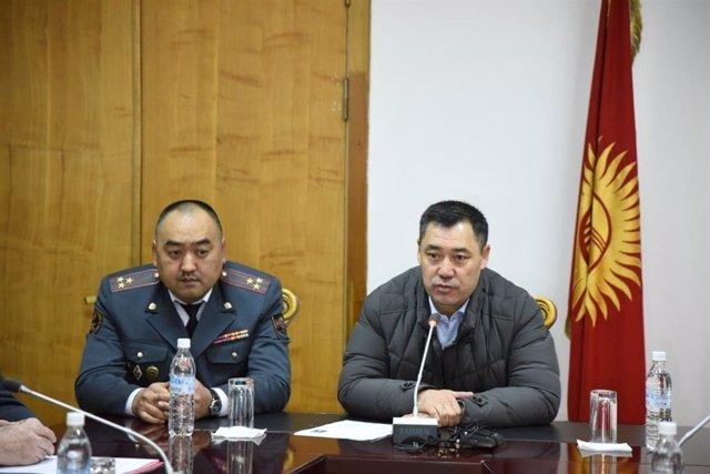 Kirguistán.- Tensa calma en la capital kirguisa entre críticas a la designación