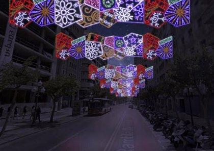 Comienza la instalación de los 780 arcos y guirnaldas que iluminarán Alicante en Navidad