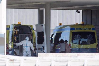 Bajan a 205 los pacientes hospitalizados en Galicia, de los que 35, uno menos, están en la UCI