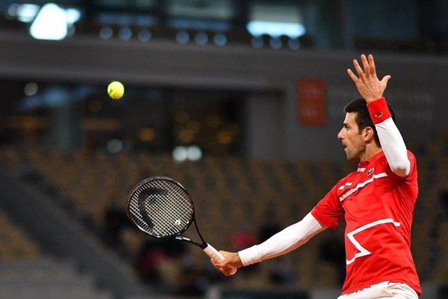 """Tenis/Roland Garros.- Djokovic se rinde a Nadal: """"Has demostrado por qué eres el"""