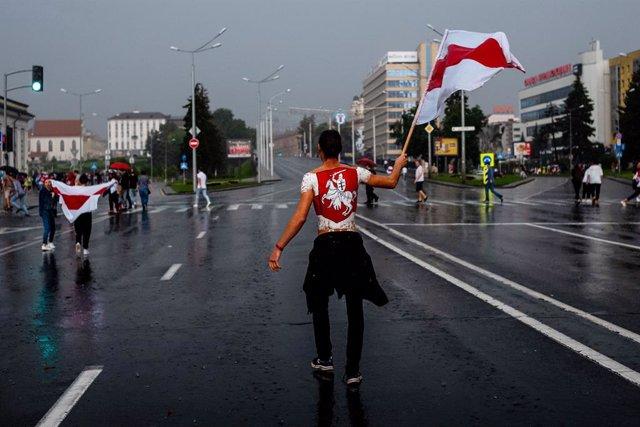 AMP.- Bielorrusia.- Al menos 327 detenidos durante una nueva jornada de moviliza