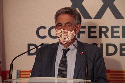 """Revilla justifica que dijo que estaba """"encantado"""" de que los madrileños fueran a Cantabria antes del estado de alarma"""
