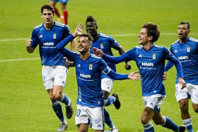 Fútbol/Segunda.- (Crónica) El Oviedo frena al Sporting y el Mallorca coge ritmo