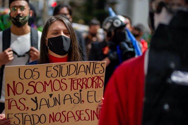 Coronavirus.- Colombia culpa a las marchas contra la violencia policial del aume