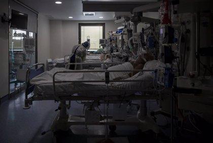 Sanidad notifica 27.856 nuevos casos y 195 muertes por Covid-19 durante el puente del Pilar