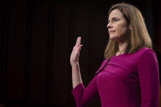 EEUU.-Barrett defiende su nominación al Supremo asegurando que los tribunales no