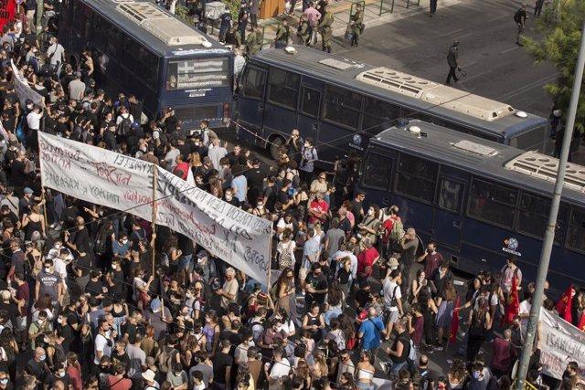 Grecia.- La Fiscalía griega pide 13 años de cárcel para los líderes de Amanecer