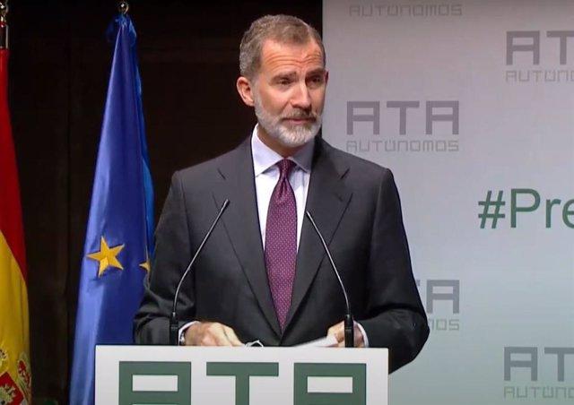 VÍDEO: El Rey manda su apoyo a los autónomos y dice que su contribución ayudará