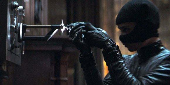 1. The Batman: Nuevas fotos con un irreconocible Colin Farrell como Pingüino, Zoë Kravitz (Catwoman) y Robert Pattinson